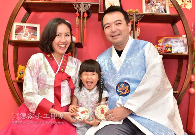 抓周的米香儀式,寶寶照