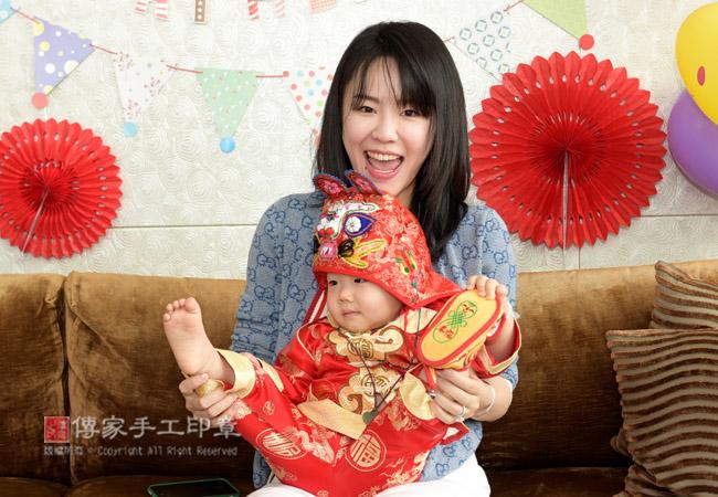 媽媽和寶貝的合照特寫照
