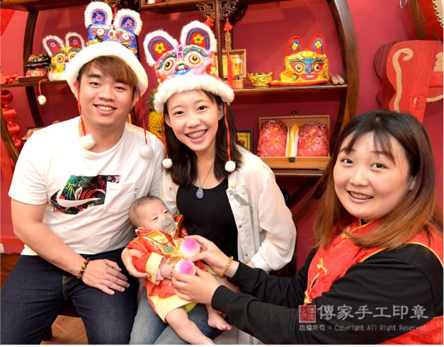 吃壽桃的收涎儀式讓孩子有福祿壽,長壽健康照