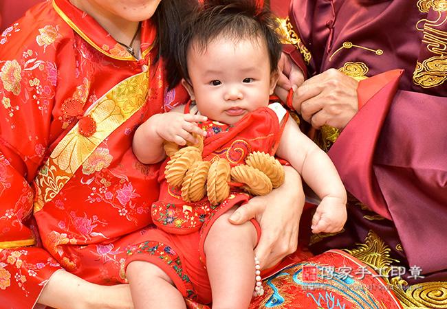 寶寶收涎儀式特寫
