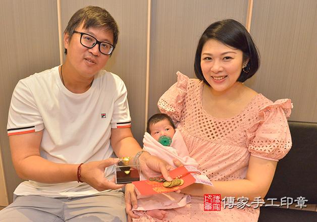 爸媽來(傳家會場),寶寶滿月剃頭拍照